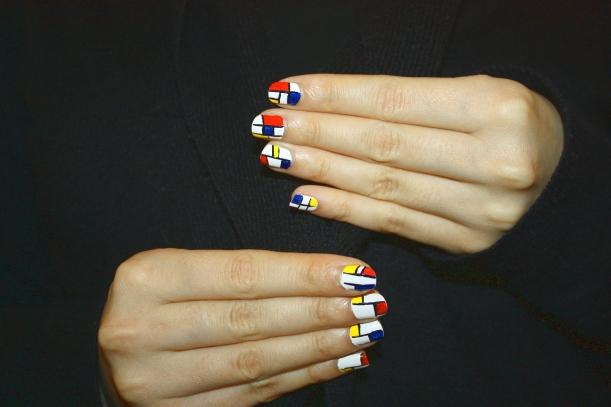 Nailart Mondrian2
